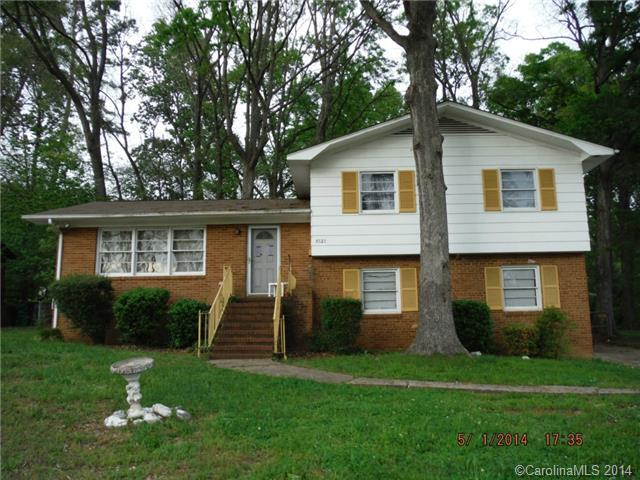 Real Estate for Sale, ListingId:28975678, location: 4527 Thornwood Road # 56 Charlotte 28213
