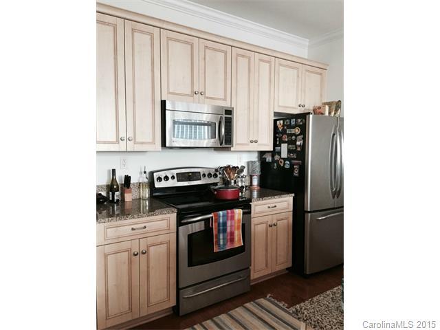 Rental Homes for Rent, ListingId:32287960, location: 230 Tryon Street # 609 Charlotte 28202