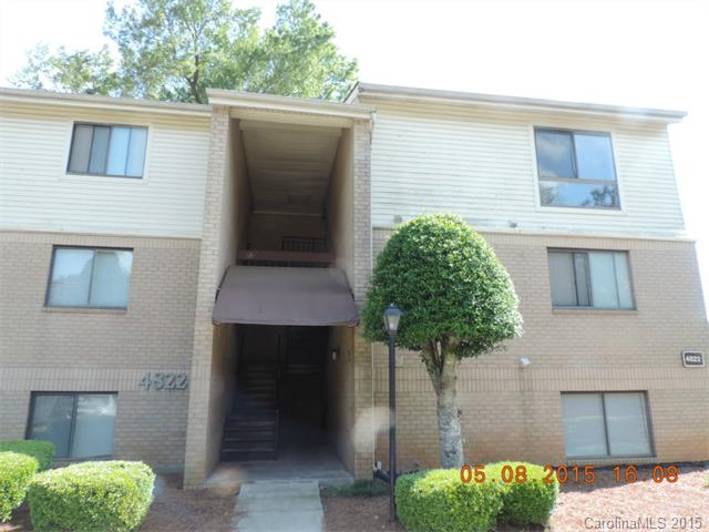 Single Family Home for Sale, ListingId:33565123, location: 4822 Spring Lake Drive # F Charlotte 28212