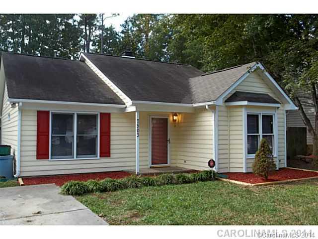 Rental Homes for Rent, ListingId:30150308, location: 7503 Crestside Lane Charlotte 28227