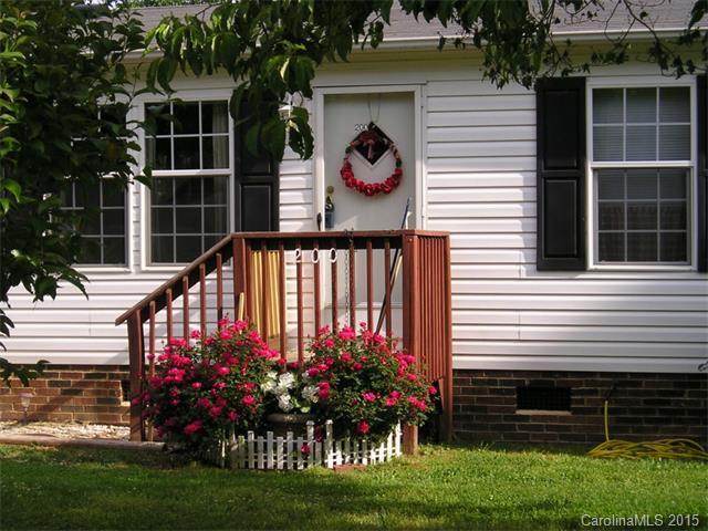 Real Estate for Sale, ListingId:32307601, location: 200 Oak Forest Circle Matthews 28104
