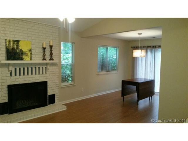 Single Family Home for Sale, ListingId:29280063, location: 9017 Mcalpine Cove Court # 36 Charlotte 28270