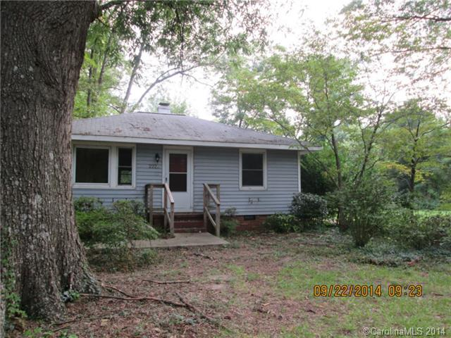 Single Family Home for Sale, ListingId:30082084, location: 2229 Jennie Linn Drive Charlotte 28215