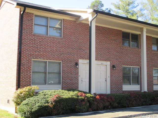 Rental Homes for Rent, ListingId:30576161, location: 136 Hillcrest Drive Lincolnton 28092