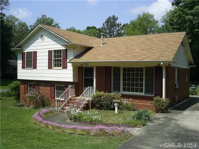 Rental Homes for Rent, ListingId:29169516, location: 4401 Easthaven Drive Charlotte 28212