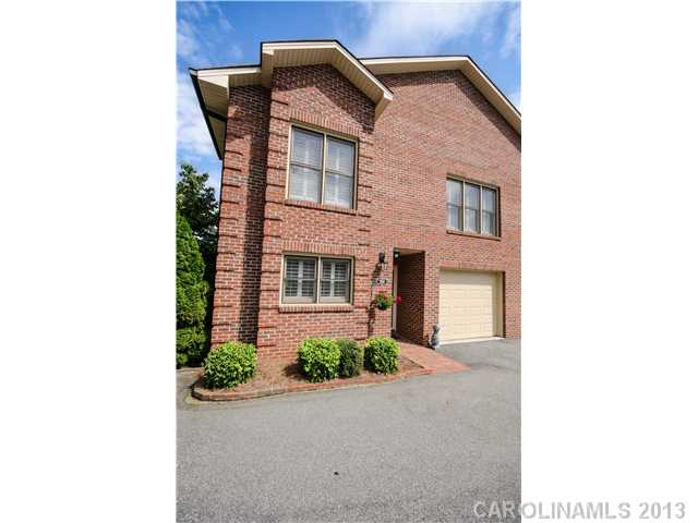 Single Family Home for Sale, ListingId:24808454, location: 101 Commonwealth Drive # 101 Lincolnton 28092