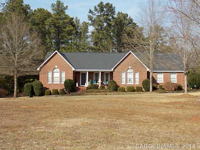 Single Family Home for Sale, ListingId:27105314, location: 514 W Rebound Road Lancaster 29720