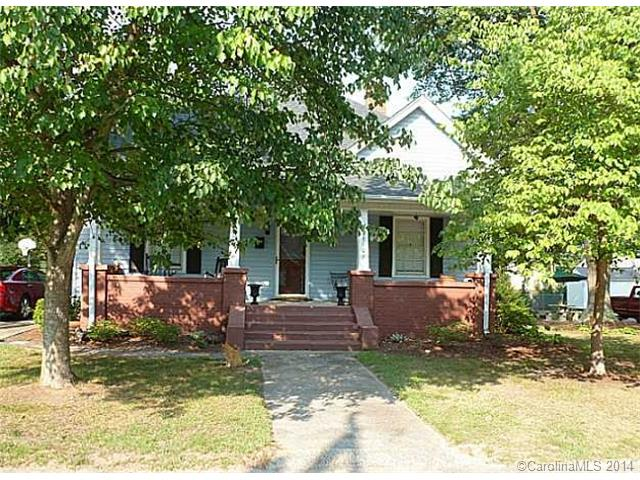 Rental Homes for Rent, ListingId:30704587, location: 621 S Poplar Street Lincolnton 28092