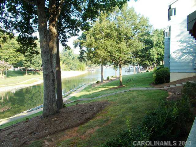 Rental Homes for Rent, ListingId:25167179, location: 20101 Henderson Road # G Cornelius 28031