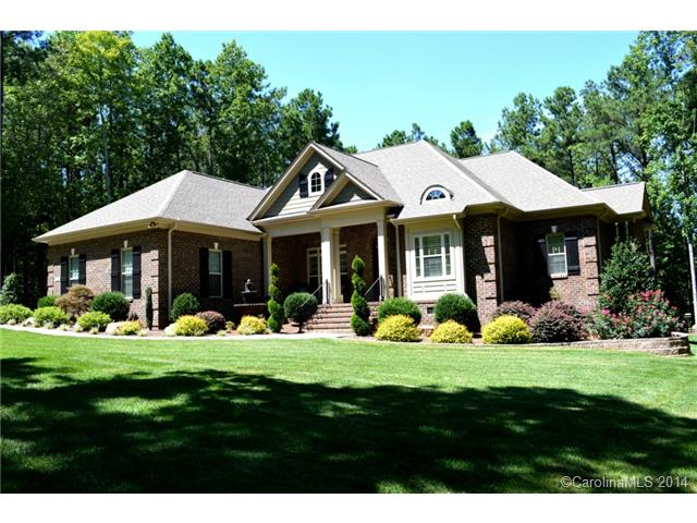 Single Family Home for Sale, ListingId:29665188, location: 7396 Bay Cove Court Denver 28037