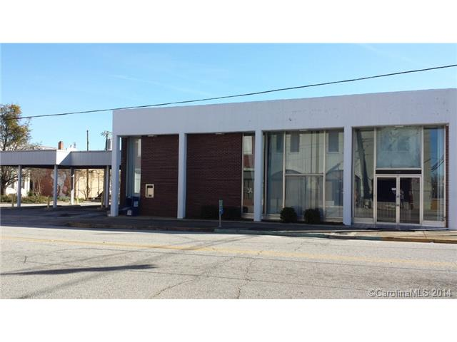 Investment for Sale, ListingId:31399323, location: 115 W Gay Street Lancaster 29720