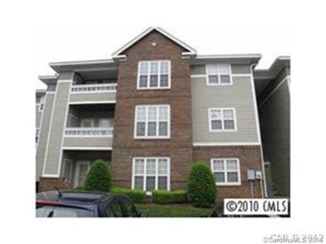 Rental Homes for Rent, ListingId:29761536, location: 9810 Campus Walk Lane # H Charlotte 28262