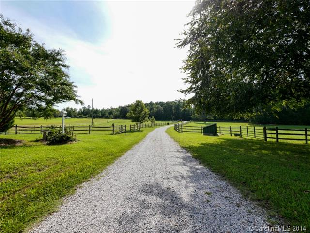Single Family Home for Sale, ListingId:29649385, location: 450 Old Carriage Road Clover 29710
