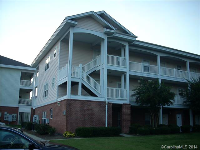 Single Family Home for Sale, ListingId:30535759, location: 9327 Meadow Vista Road Unit/204 Charlotte 28213