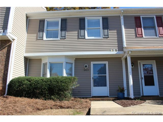 Single Family Home for Sale, ListingId:30641518, location: 8429 Rust Wood Place # . Charlotte 28227