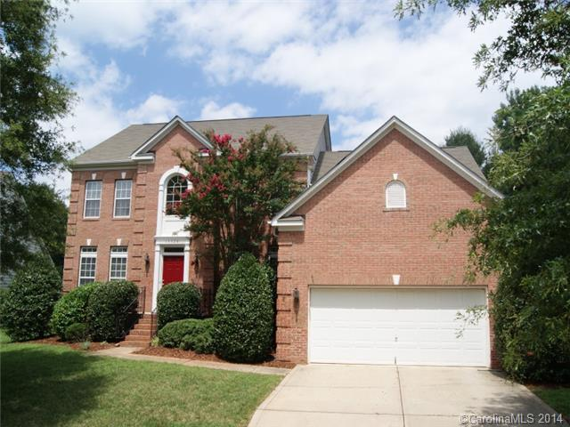 Rental Homes for Rent, ListingId:30909337, location: 15528 Donnington Drive Charlotte 28277