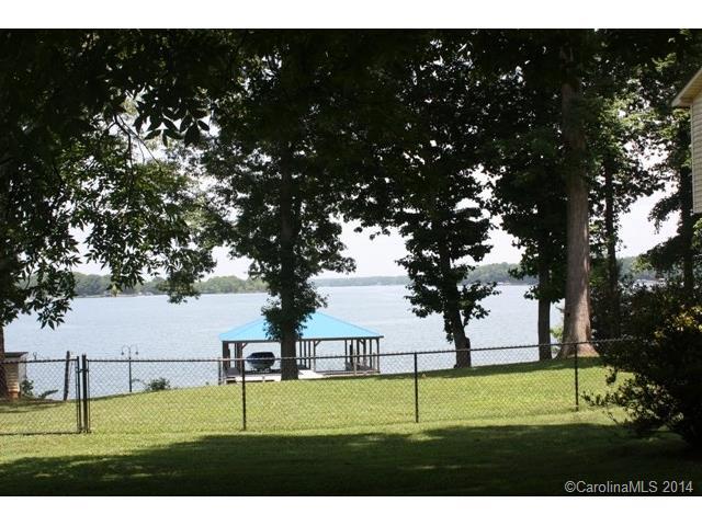 Land for Sale, ListingId:28410316, location: 4612 Little Creek Drive Denver 28037