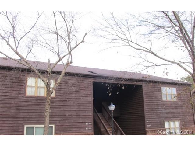 Single Family Home for Sale, ListingId:31367755, location: 8039 Cedar Glen Drive # 8039 Charlotte 28212