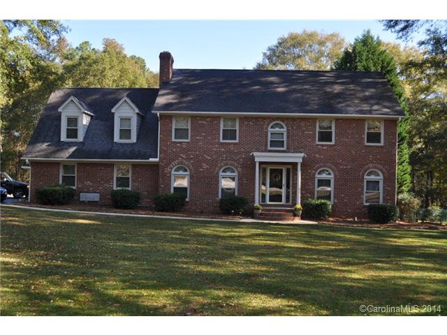 Single Family Home for Sale, ListingId:30576154, location: 1924 Candlewick Drive Ft Mill 29715