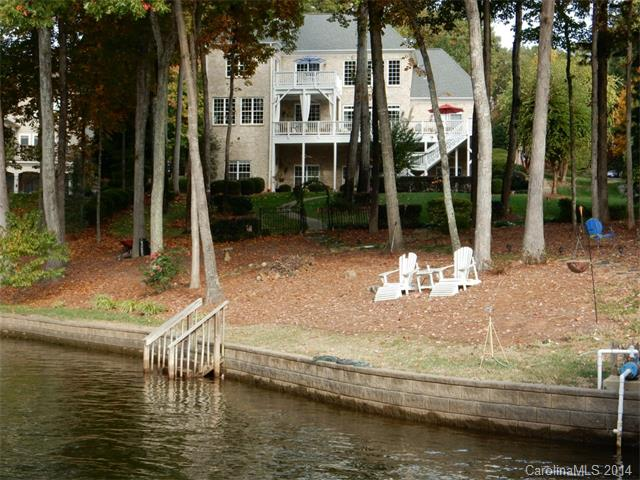 Single Family Home for Sale, ListingId:30497046, location: 8000 West Bay Drive Denver 28037