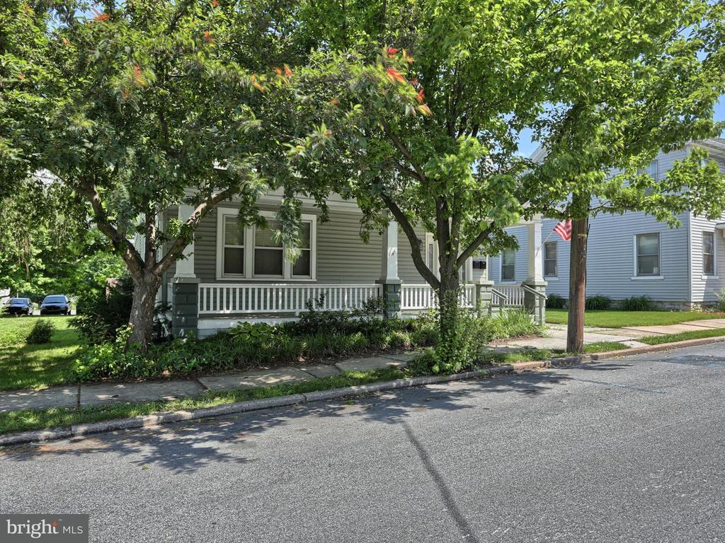329 W MAIN AVE, Myerstown, Pennsylvania