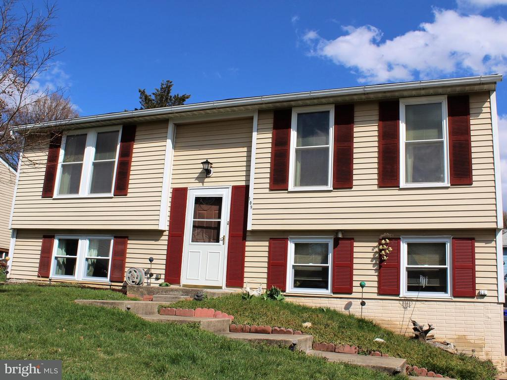 109 CONTOUR RD, Mount Airy, Maryland