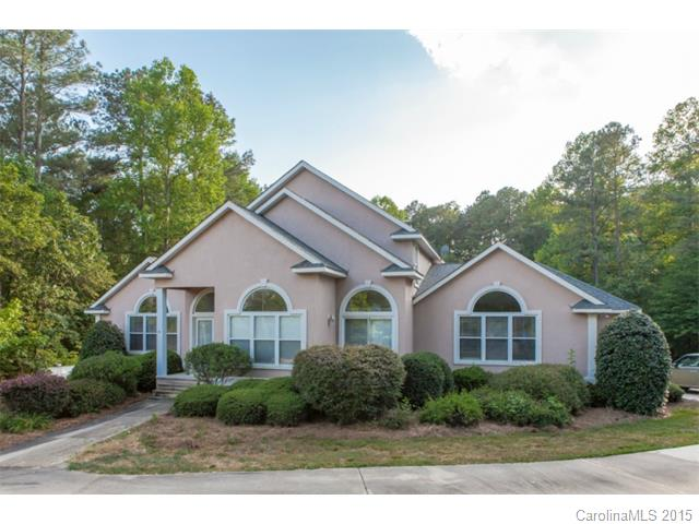 Single Family Home for Sale, ListingId:33805608, location: 502 Live Oaks Court Ft Mill 29715