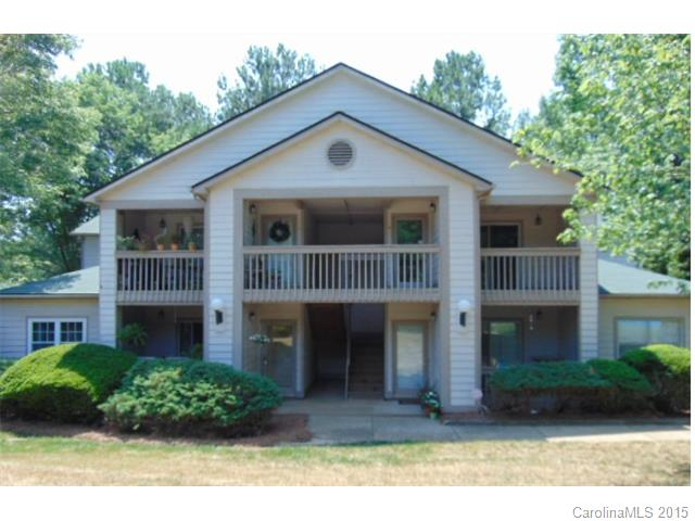 Single Family Home for Sale, ListingId:34128256, location: 1042 Churchill Downs Court # B Charlotte 28211
