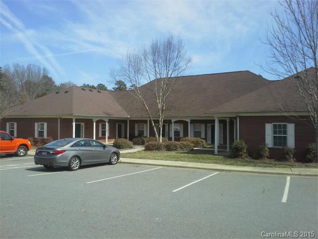 Rental Homes for Rent, ListingId:34011967, location: 7159 Somerset Springs Drive Charlotte 28262