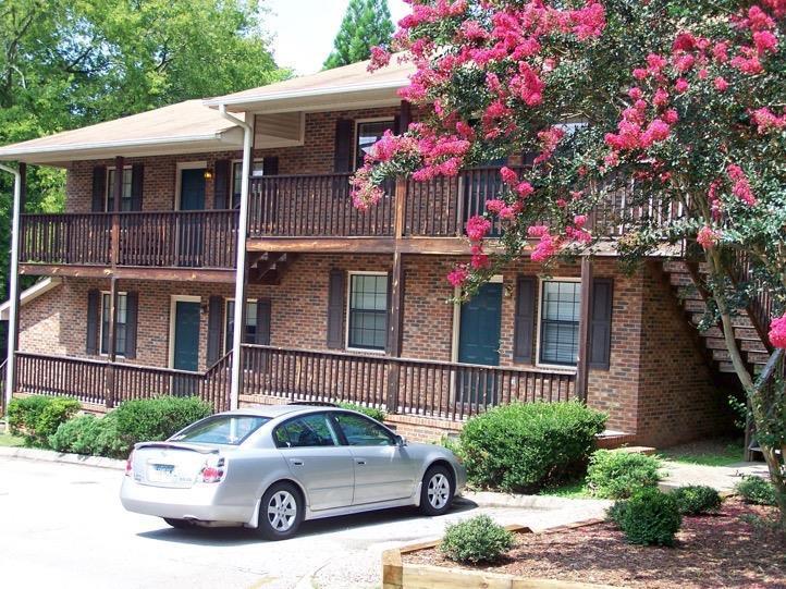 204 Calhoun Street One Bedroom Rental Available For Fall 12 Mo Clemson Sc 29631