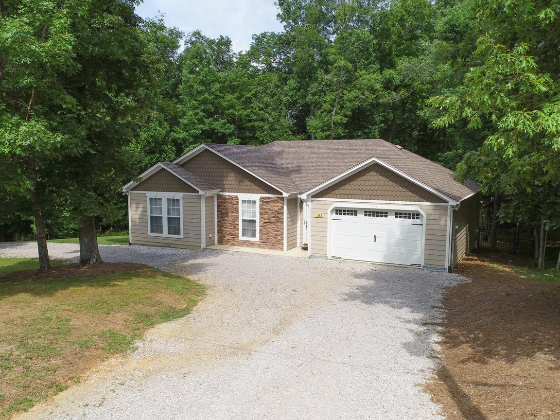 185 AUGUST DRIVE Smithville TN 37166 id-686144 homes for sale