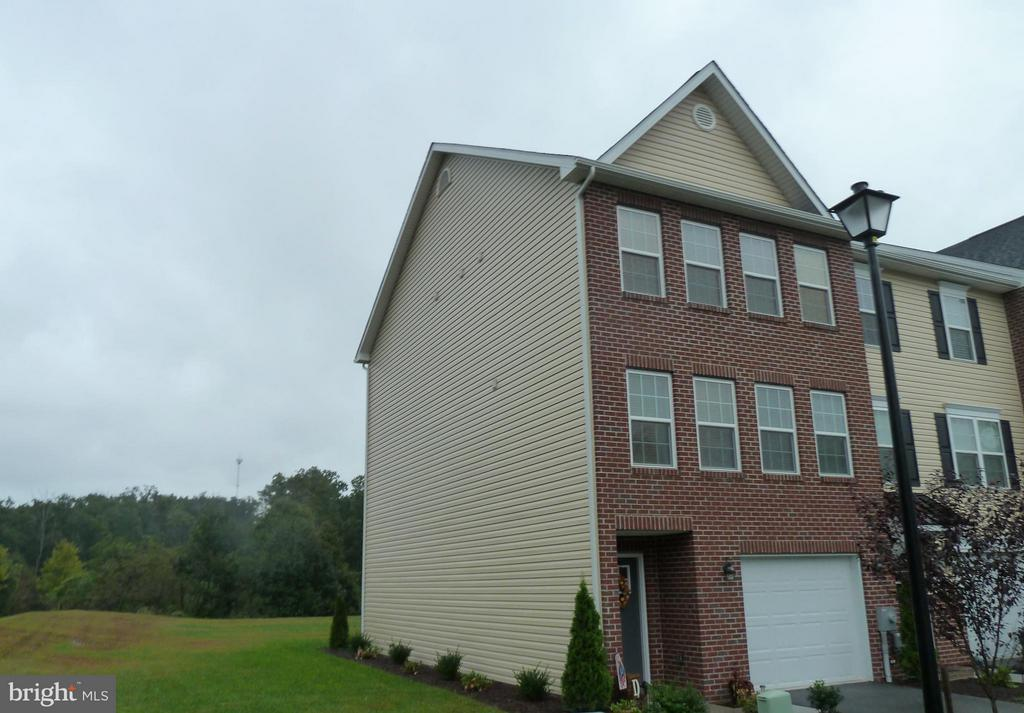13 SAVAGE CT Falling Waters WV 25419 id-1359799 homes for sale