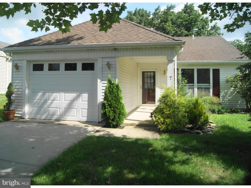 7 MAIDSTONE PL Southampton Township NJ 08088 id-862098 homes for sale